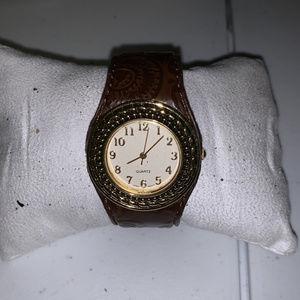 Avon Watch